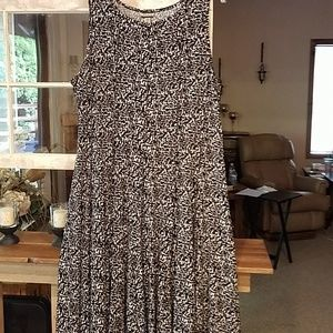 Sleeveless Midi Swing Dress